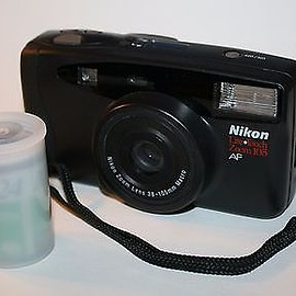 nikon - Vintage Nikon Lite Touch Zoom 105 AF 35mm Camera