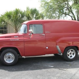 DODGE - f100 step side .