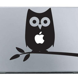 VinylCity - Owl in a Tree MacBook Apple Mac Decal Sticker Vinyl