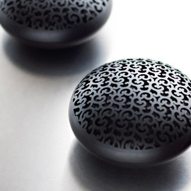 Marcel Wanders, Holland Electro (HE) - Egg(wireless speakers) / Theatre (dvd and speakers)/ Pandora(mp3 player and speakers)