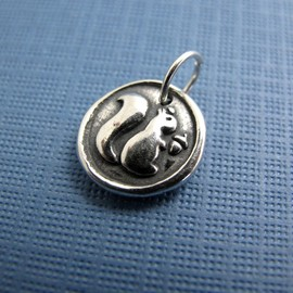 Hint - squirrel play sterling silver charm