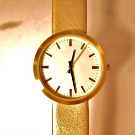 StitchandSew - watch gold