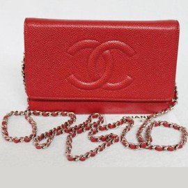 CHANEL - caviar skin chain wallet