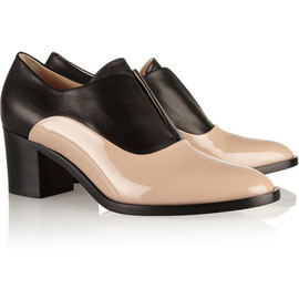 REED KRAKOFF - Two-tone leather and patent-leather Oxford pumps