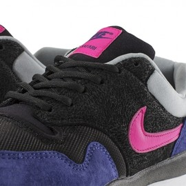 Nike - Air Safari - Black/ Pink Foil/Deep Royal Blue/Silver