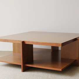 Cassina - Lewis Coffee Table by Frank Lloyd Wright
