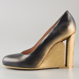 Maison Martin Margiela - Cutout Heel Wedge Pumps