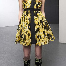 GIAMBATTISTA VALLI - Pre-Fall 2015 Floral Printed Georgette Dress