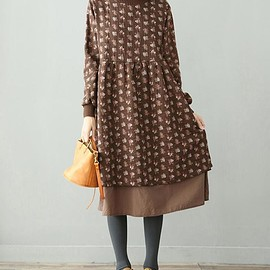 Winter loose dress - high collar Floral dress, plus velvet Long sleeve dress, Women Long bottoming dress