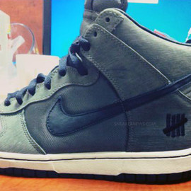 Nike, UNDEFEATED - Nike Dunk High - Ballistic