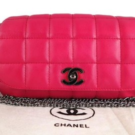 CHANEL - Hot pink bag