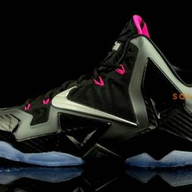 Nike - NIKE LEBRON XI MIAMI NIGHTS