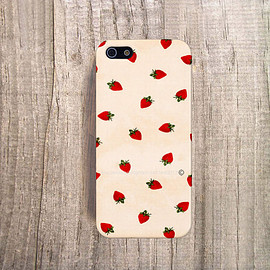 casesbycsera - Summer iPhone Case Strawberr