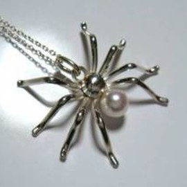 gaju -craft works- - spider pendant