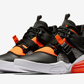 NIKE - nike air force 270