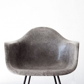 Herman Miller - Hairy Elephant Hide Grey Eames DAX