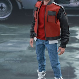 Hot Toys - BACK TO THE FUTURE PART II MARTY MCFLY 1/6TH SCALE COLLECTIBLE FIGURE