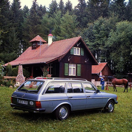 MERCEDES BENZ - 280TE