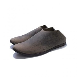 TAKAHIROMIYASHITA The SoloIst. - horse's hoof slip on shoes. -gaucho.-