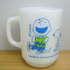 Fire King - Snoopy Charlie Brown mug cup