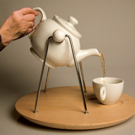 Yanko Design - Rocking Tea Pot
