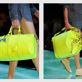 LOUIS VUITTON - NEON