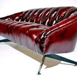Ward Bennett - Tufted leather sofa with steel base
