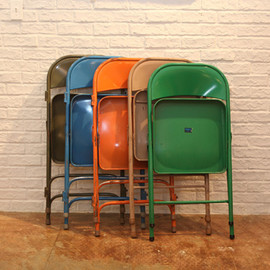 ACME - FOLDING CHAIR