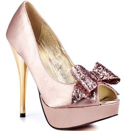 Pretty in pink #wedding shoes