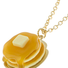 Q-pot. - Maple Syrup Pancake Necklace