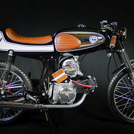 HONDA - S90 Built With Parts from Dime City Cycles - Eric Baird's 1964