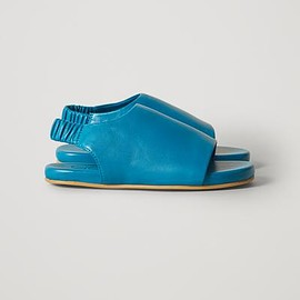 cos - ELASTICATED LEATHER SANDALS