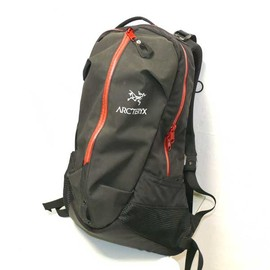 ARC'TERYX - ARRO22 Japan Limited