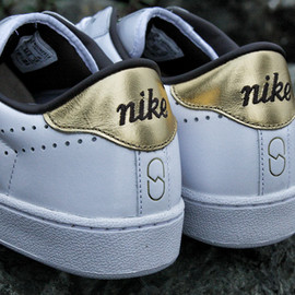 Nike - ×FRAGMENT zoom tennis classic