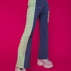 WE GANGYOUNG! - Daisy-Pants-Navy-1080-3.png
