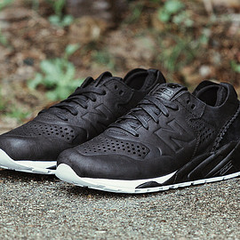 Wings & Horns, New Balance - MT580 Deconstructed - Black/White