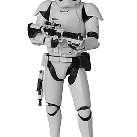 MEDICOM TOY - MAFEX FIRST ORDER STORMTROOPER(TM)