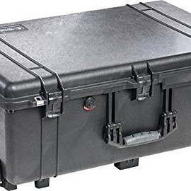 Pelican - Pelican 1650 Case with Foam for Camera (Black)