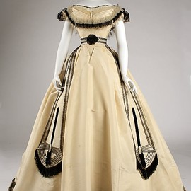 Ball Gown, House of Pingat 1860, French, Made of silk