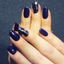 Nail Salon STHANU - NAVY Gel × Minx Nails Silver Lace