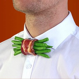 RommydeBommy - GREEN BEAN BACON BOW TIE