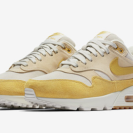 NIKE - Air Max 90/1 - Guava Ice/Wheat Gold/Summit White