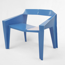 VIVIAN CHIU - Blue chair