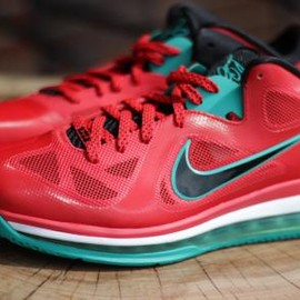 Nike - NIKE LEBRON IX LOW ACTION RED/BLACK-WHITE-NEW GREEN