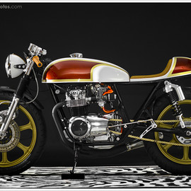 Hot Sake Cycles - 1974 Honda CB550K 'Lucy'