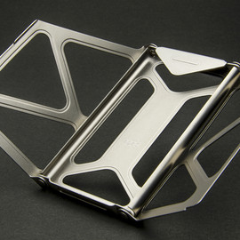 "Daga - Titanium Card Case ""ASTEROPE"""
