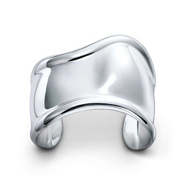 Tiffany & Co. - Elsa Peretti Bone cuff in sterling silver, small