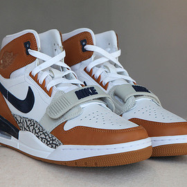 Jordan Brand, Just Don - Air Jordan Legacy 312 - White/Mid Navy/Ginger