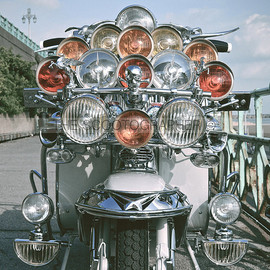 LAMBRETTA - To see more photographs of this beautiful Lambretta, have a look here