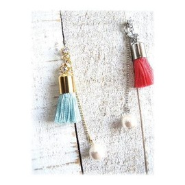 MOG NIPPON - ♡†♡ putit tassel pierced earrings ♡†♡